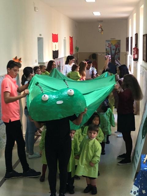 Agustinos celebra el día de la Biblioteca con actividades para disfrutar de la lectura y los libros