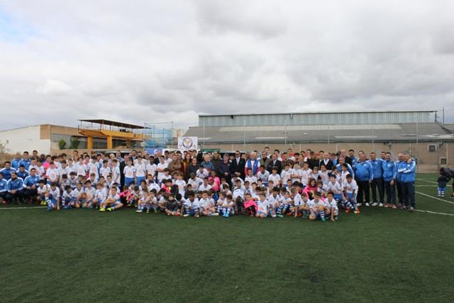 Agustinos inaugura su nuevo campo de fútbol de hierba artificial