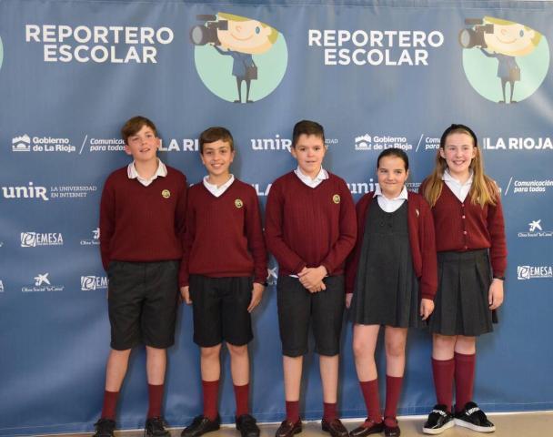 'Los Magistrales' de Agustinos consiguen el primer premio a la mejor entrevista en el concurso Reportero escolar