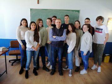 CLASES DE ECONOMÍA